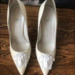 Authentic Versace Limited edition Palazzo Pumps